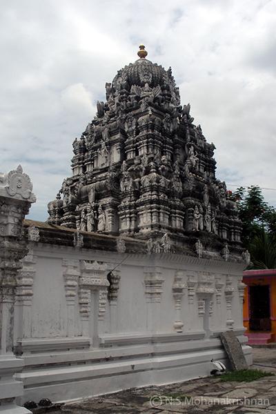 Aadhikesava-Perumal-Temple-Aarani1
