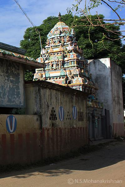 Neelavarna-Perumal-Temple-Nanmangalam1