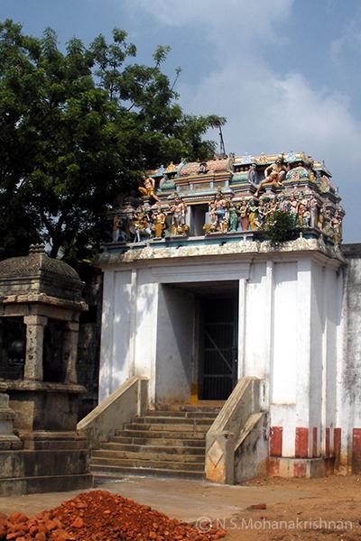 Poondi-Oondreewarar-Temple2