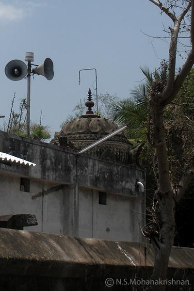 Pennadam-Veetrirundha-Perumal-Temple1