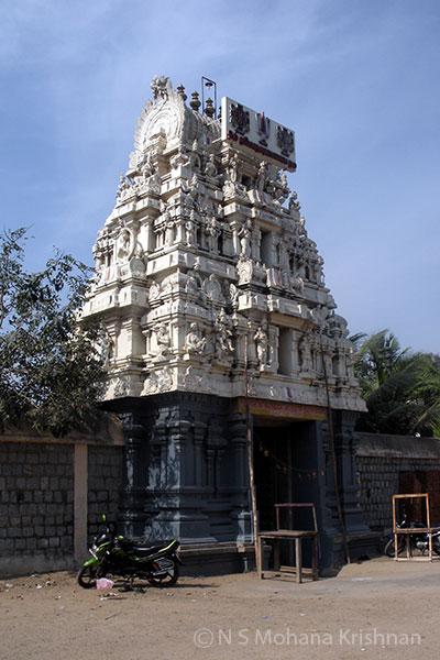 Aayarpadi-Karikrishnaswamy-Temple2