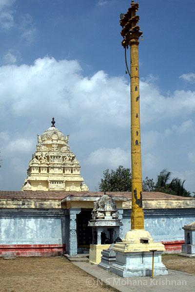 Chinnakavanam-Nootreteeswarar-Temple4