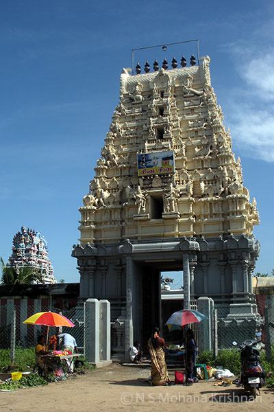 Gnairu-Pushparateswarar-Temple4