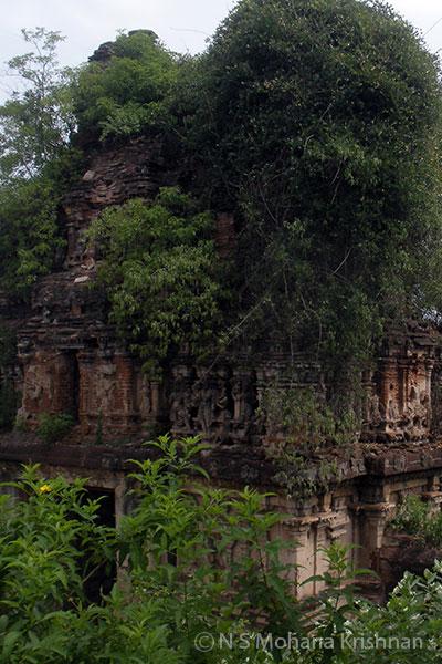 Gummidipoondi-Baleeswarar-Temple-2