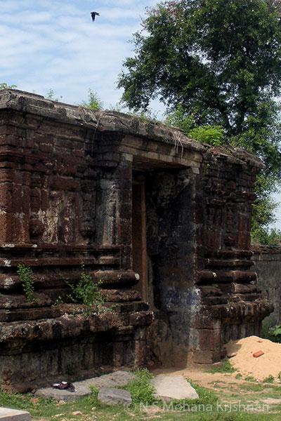Gummidipundi-Chandrasekaraswamy-Temple1