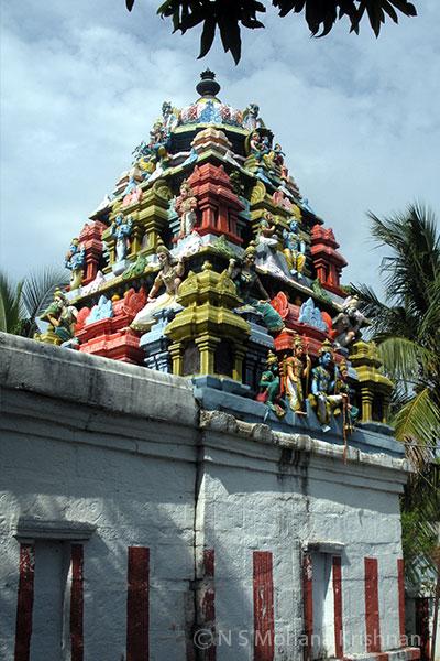 Kariyamanicka-Perumal-Temple,-Pondavakkam2