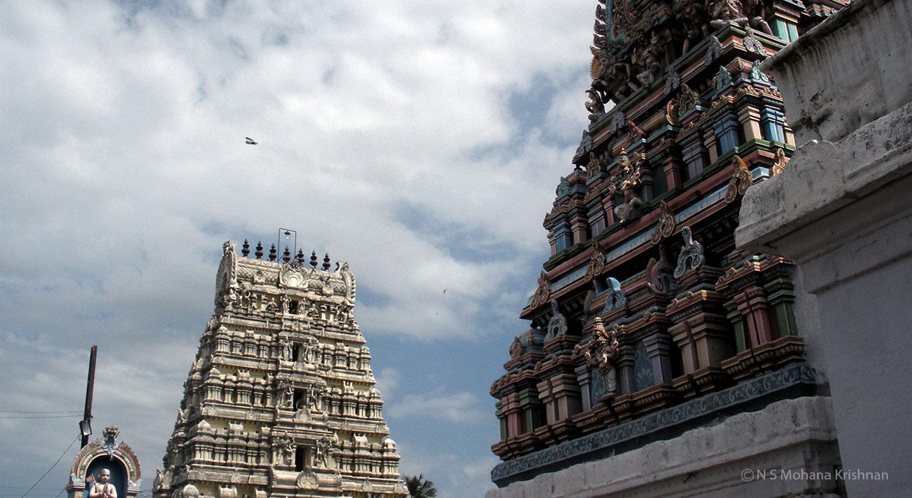 Poonamallee-Varadaraja-Perumal-Temple1