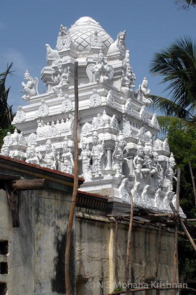 Uthukottai-Sundaravaradaraja-Perumal-Temple1