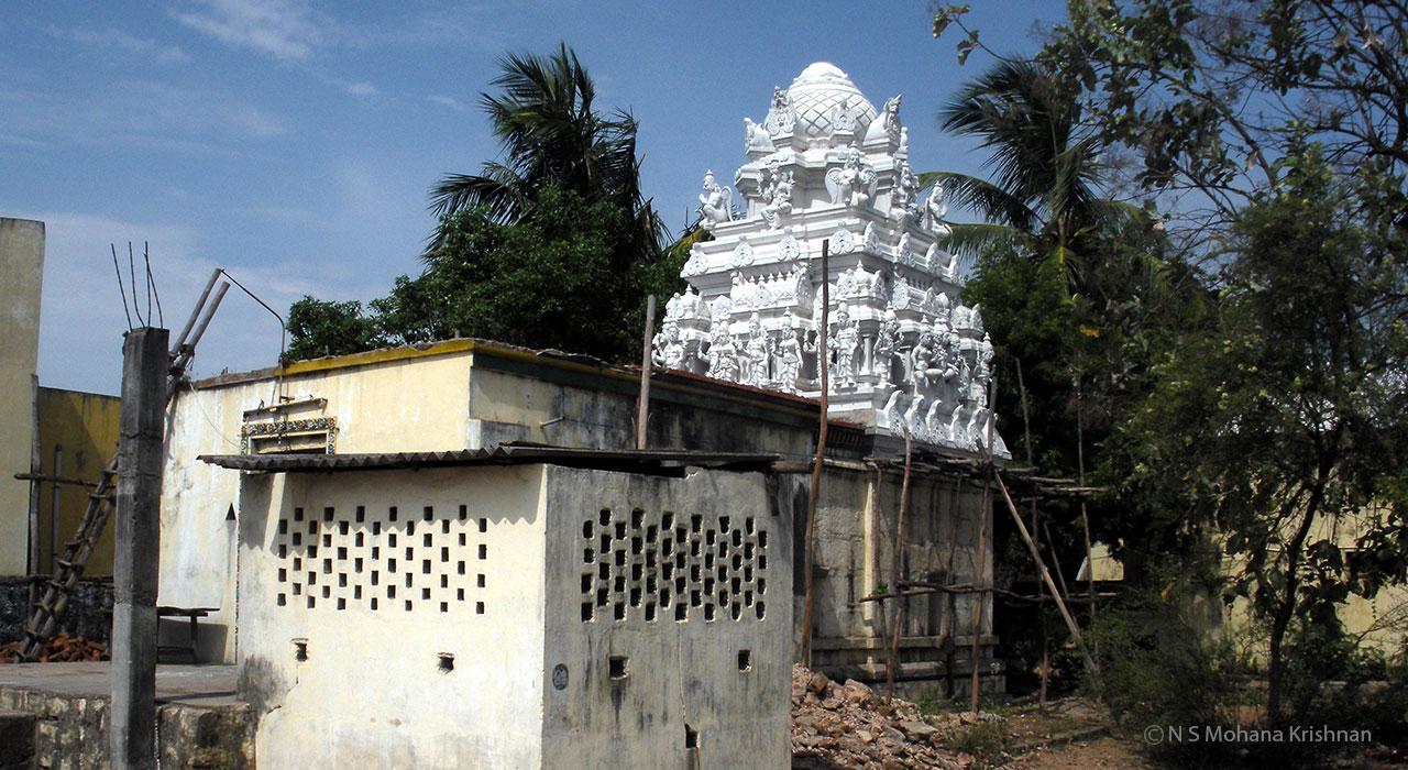 Uthukottai-Sundaravaradaraja-Perumal-Temple2