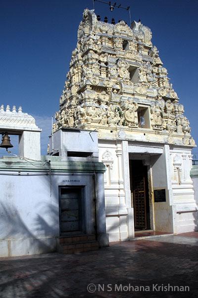 Venganur-Lakshminarayana-Perumal-Temple2